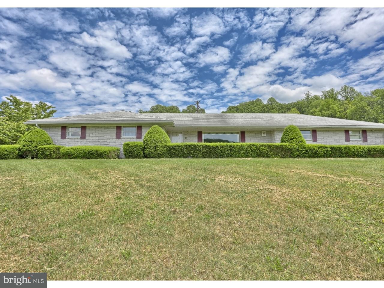 独户住宅 为 销售 在 123 PRICETOWN Road Fleetwood, 宾夕法尼亚州 19522 美国