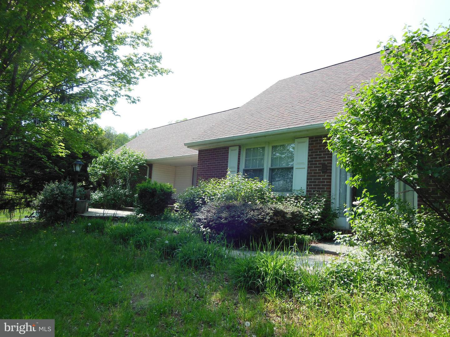 Single Family for Sale at 7325 Bloomery Pike Slanesville, West Virginia 25444 United States