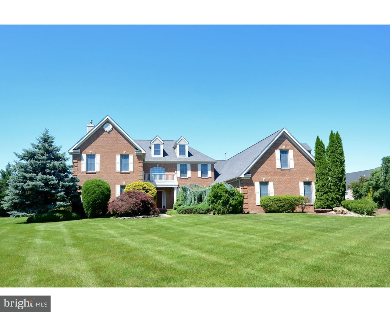 Single Family Home for Sale at 7 SPARROW Drive West Windsor, New Jersey 08550 United StatesMunicipality: West Windsor Twp