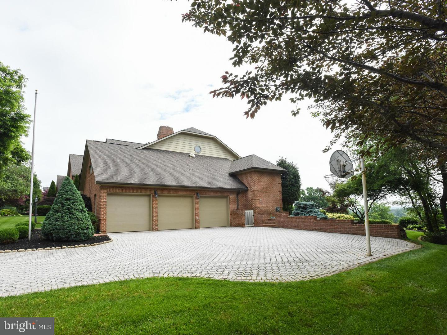 Additional photo for property listing at 2162 Castlegreen Dr  Greencastle, Pennsylvania 17225 United States