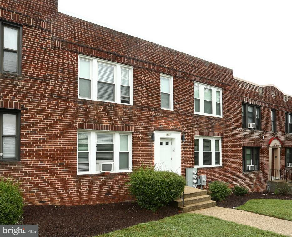 Multi-Family Home for Sale at 1647 Holbrook St Ne 1647 Holbrook St Ne Washington, District Of Columbia 20002 United States