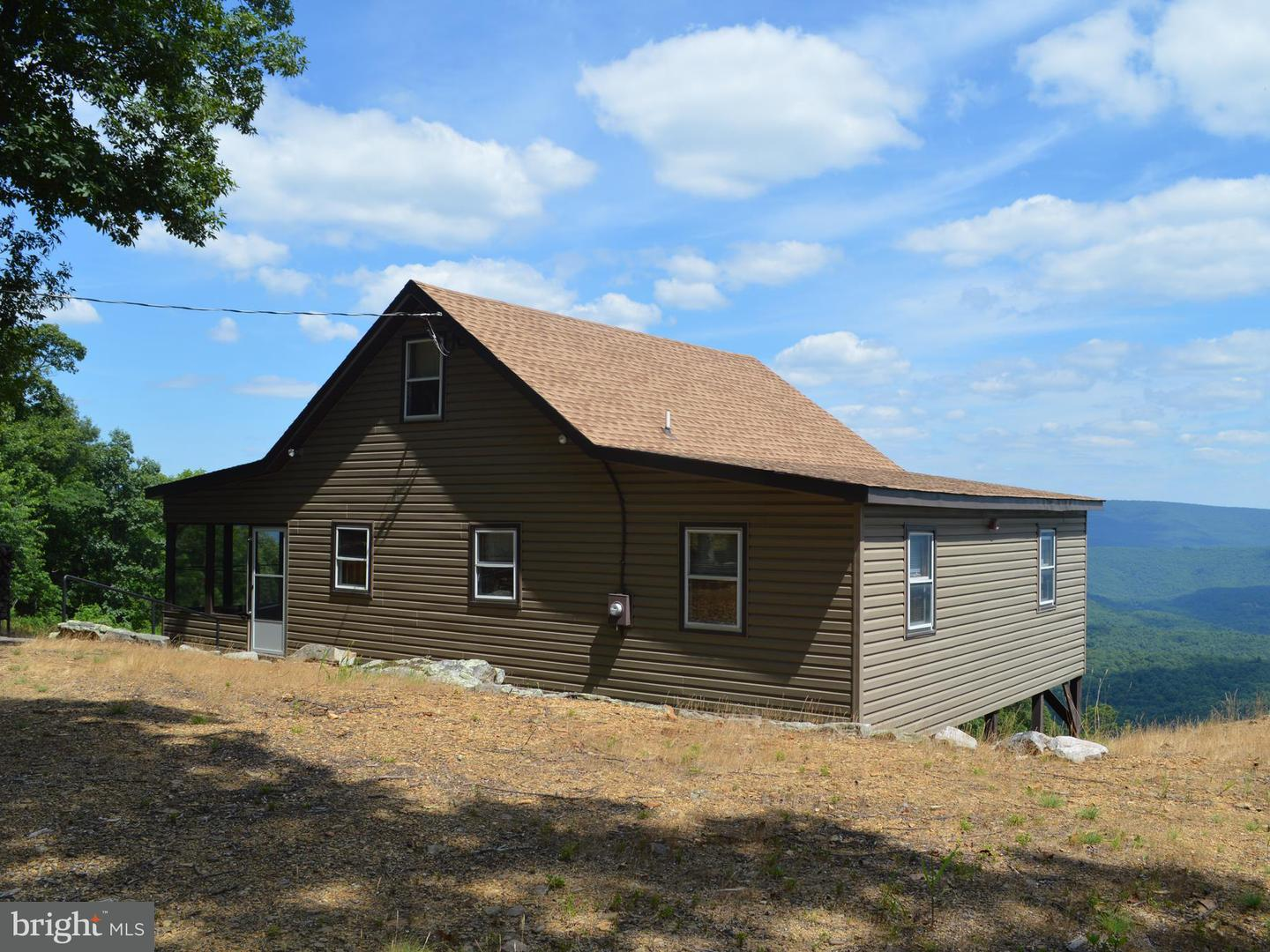 Single Family for Sale at 1055 Sparrow Hill Rd Bloomery, West Virginia 26817 United States