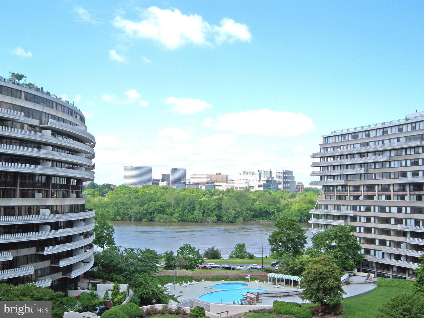 Single Family for Sale at 2510 Virginia Ave NW #702/703n Washington, District Of Columbia 20037 United States