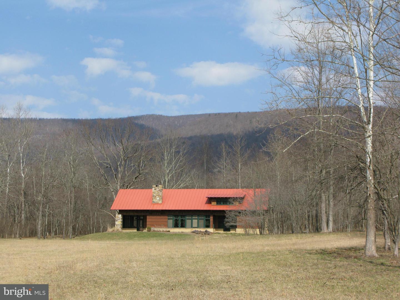 Single Family for Sale at 396 Keyser Run Rd Washington, Virginia 22747 United States