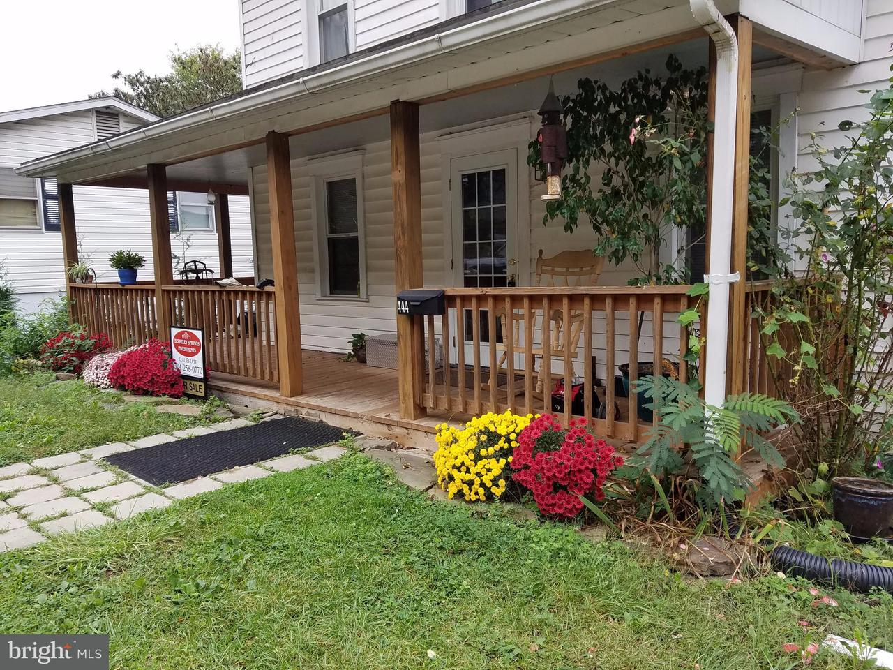 Other Residential for Rent at 444 Wilkes St Berkeley Springs, West Virginia 25411 United States