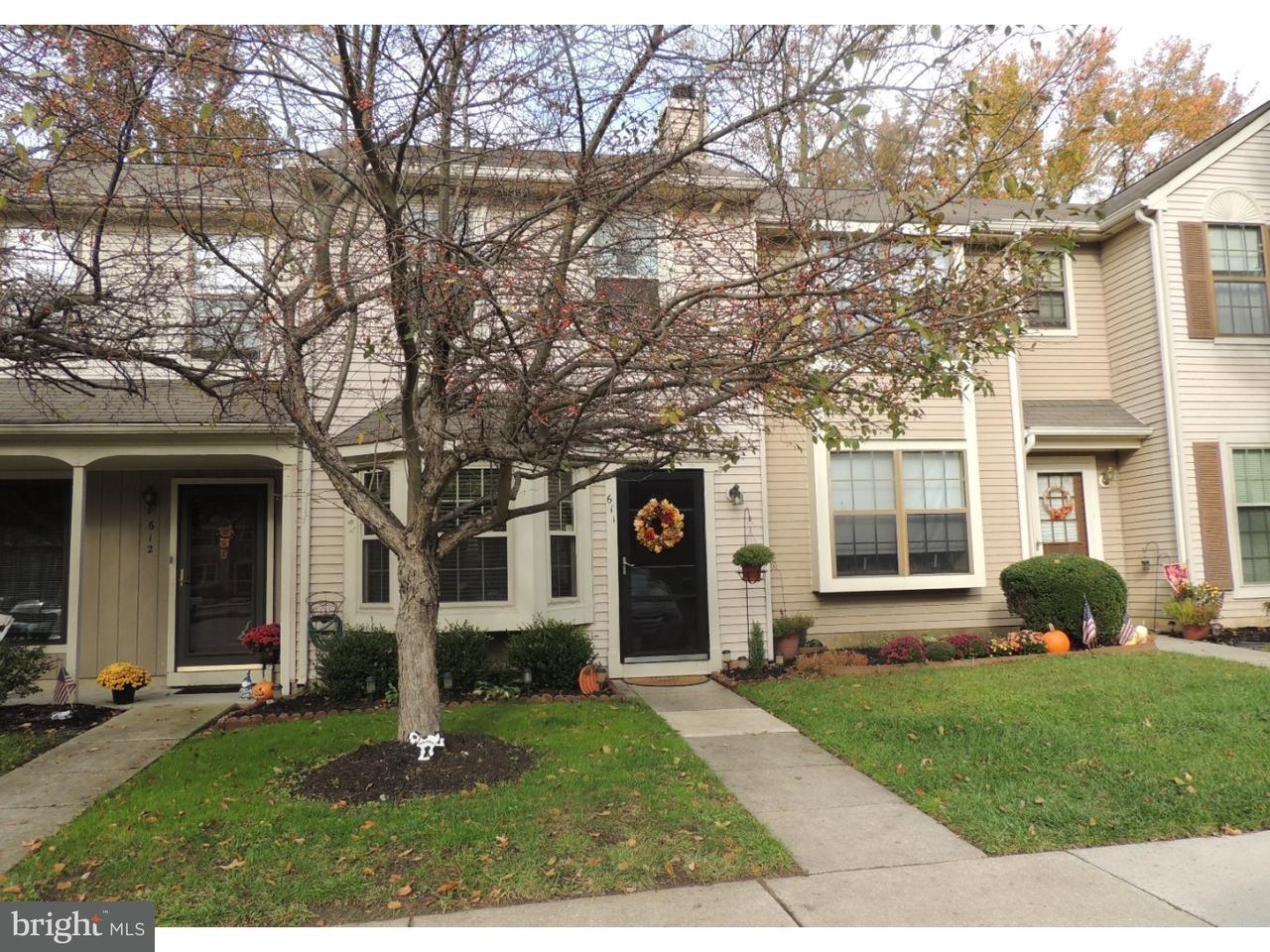 Casa unifamiliar adosada (Townhouse) por un Venta en 611 FOXTON Court Mantua, Nueva Jersey 08051 Estados Unidos