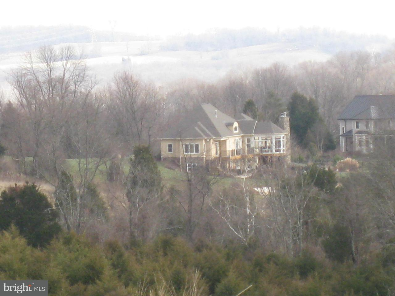 Additional photo for property listing at 12150 Catoctin Farm Ln  Lovettsville, Virginia 20180 United States