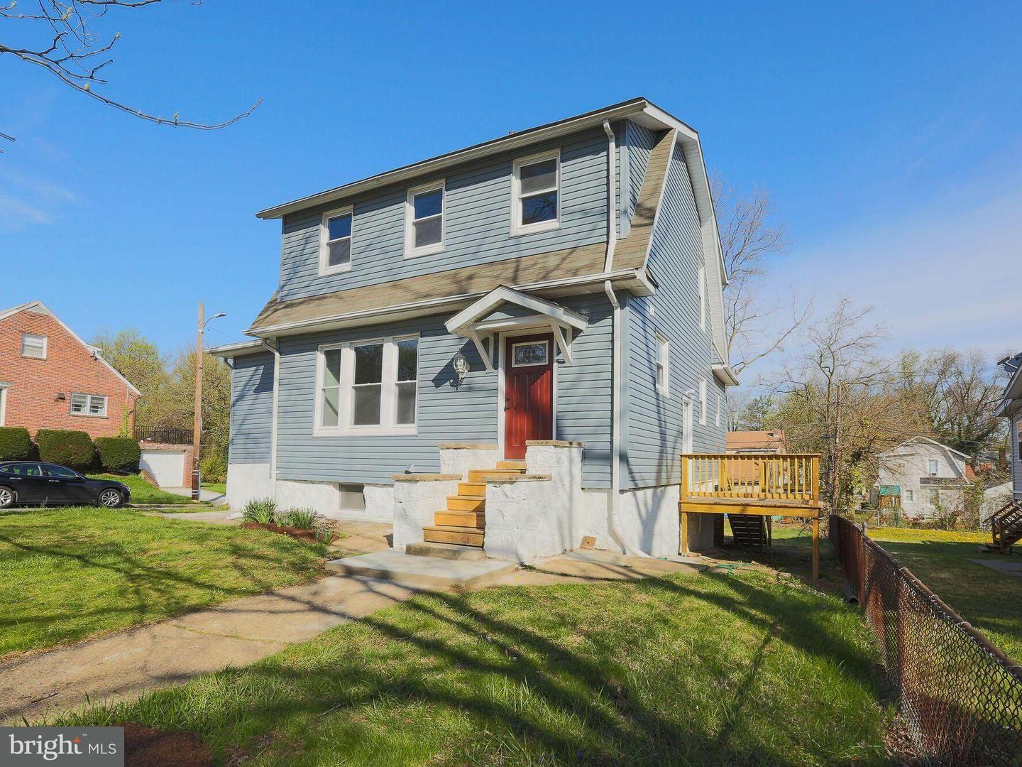 Single Family for Sale at 3414 Menlo Dr Baltimore, Maryland 21215 United States