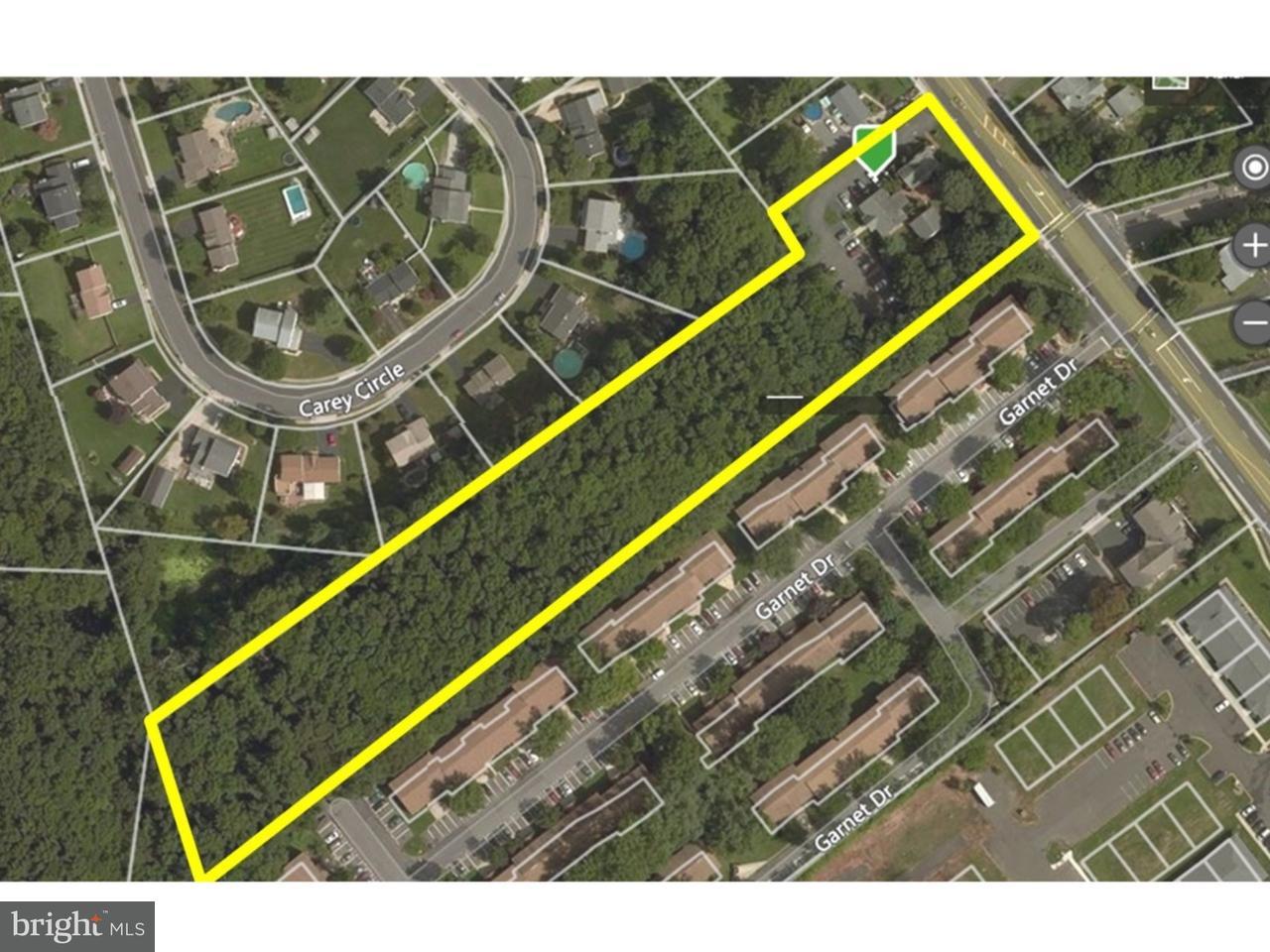 獨棟家庭住宅 為 出售 在 1808-10 MOUNT HOLLY Road Burlington Township, 新澤西州 08016 美國