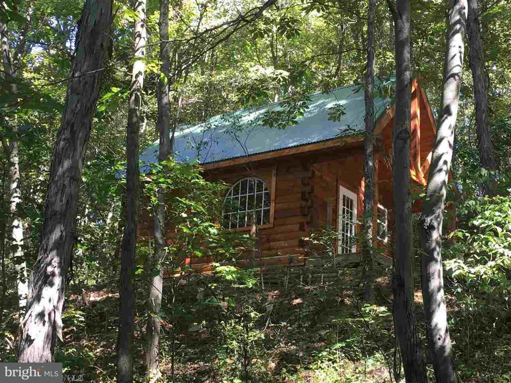 Single Family for Sale at 183 Hickory Hill Drive Bruceton Mills, West Virginia 26525 United States
