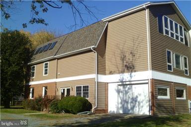 独户住宅 为 销售 在 608 Charles Avenue 608 Charles Avenue Deale, 马里兰州 20751 美国
