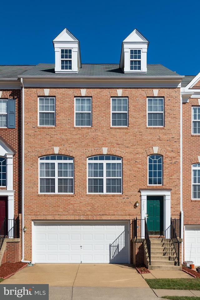 タウンハウス のために 売買 アット 7257 Castlefield Way 7257 Castlefield Way Springfield, バージニア 22150 アメリカ合衆国