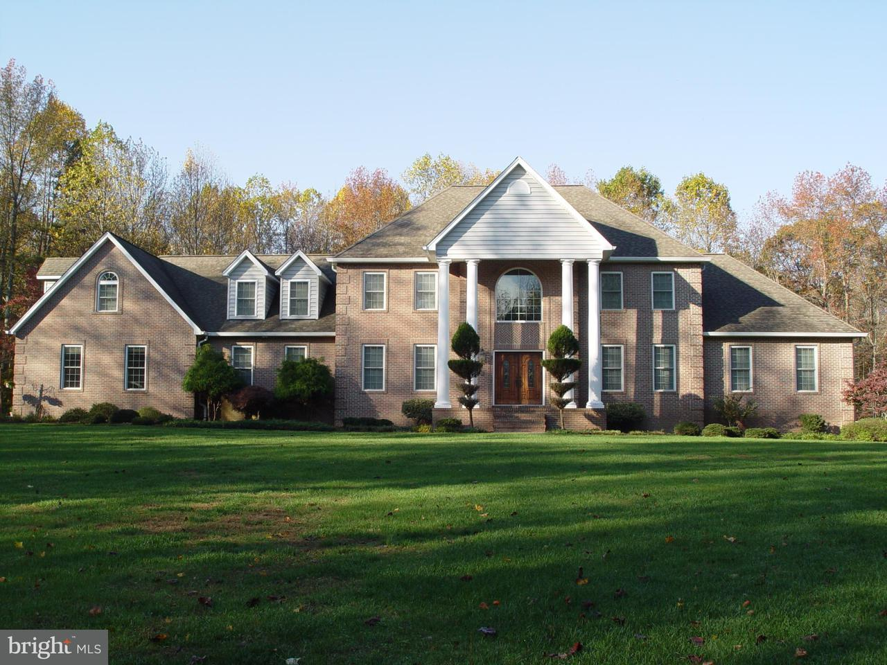 Moradia para Venda às 3221 Quail Drive 3221 Quail Drive Huntingtown, Maryland 20639 Estados Unidos
