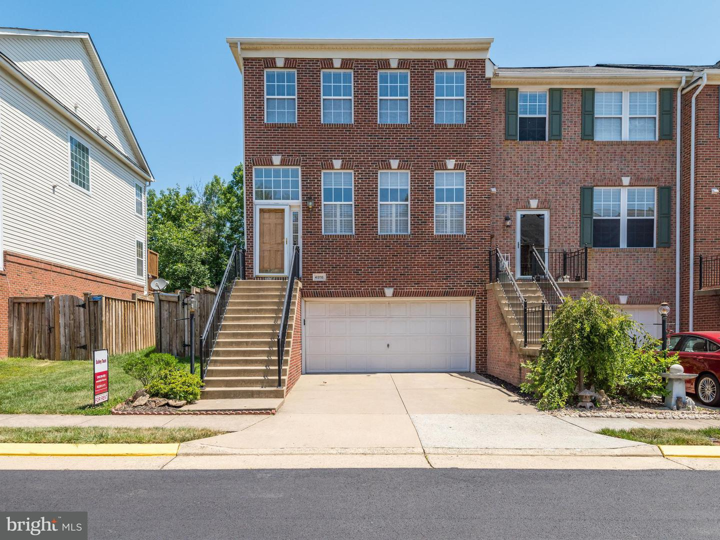 Other Residential for Rent at 43118 Forest Edge Sq Broadlands, Virginia 20148 United States