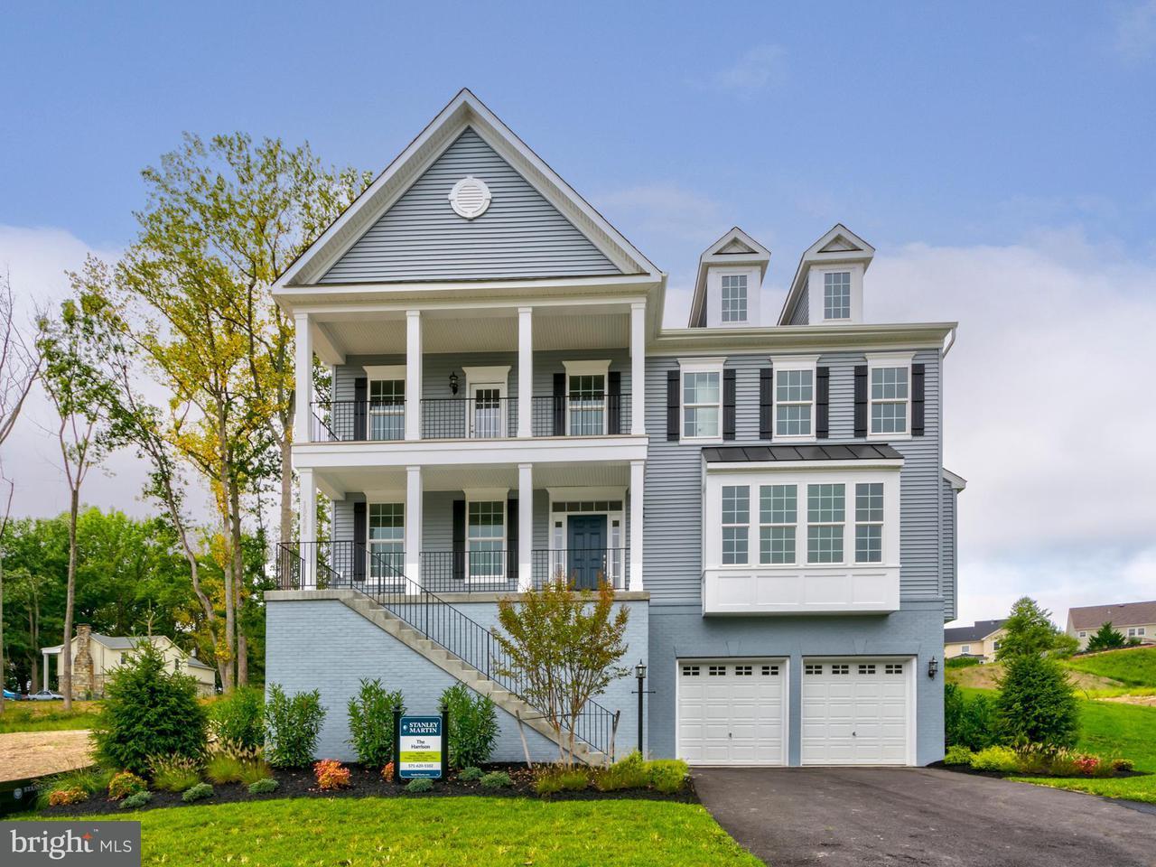 Casa Unifamiliar por un Venta en 19226 Stoney Ridge Place 19226 Stoney Ridge Place Triangle, Virginia 22172 Estados Unidos