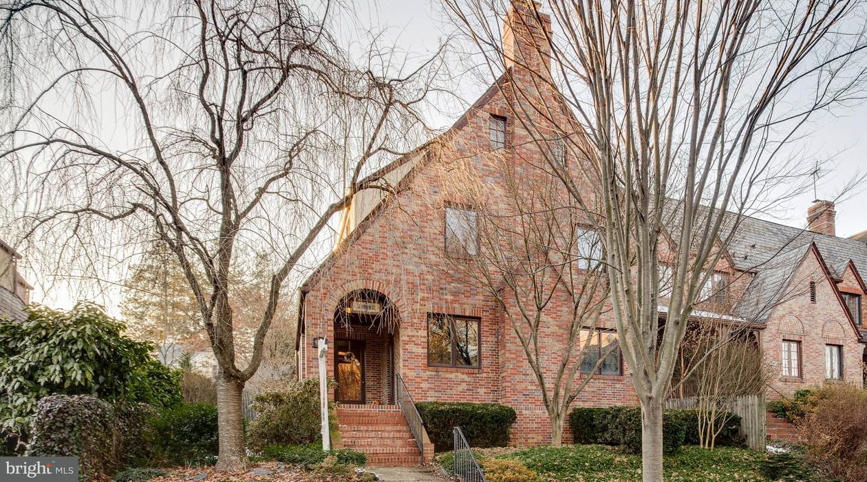 Single Family for Sale at 4424 Wickford Rd Baltimore, Maryland 21210 United States