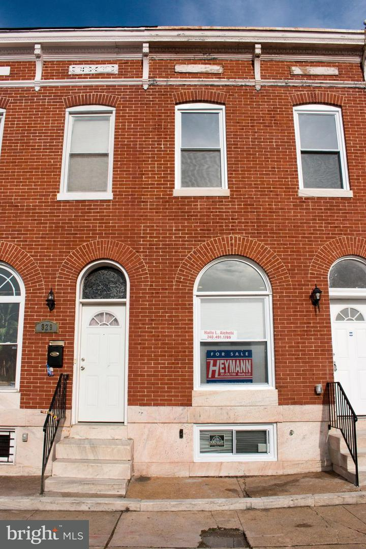 Single Family for Sale at 927 Patterson Park Ave Baltimore, Maryland 21205 United States