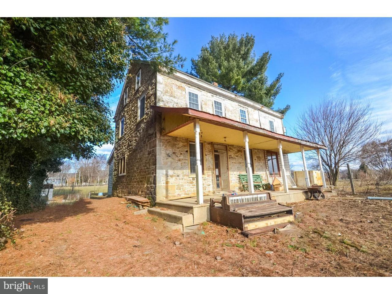 Casa Unifamiliar por un Venta en 440 SCHUBERT Road Bethel, Pennsylvania 19507 Estados Unidos