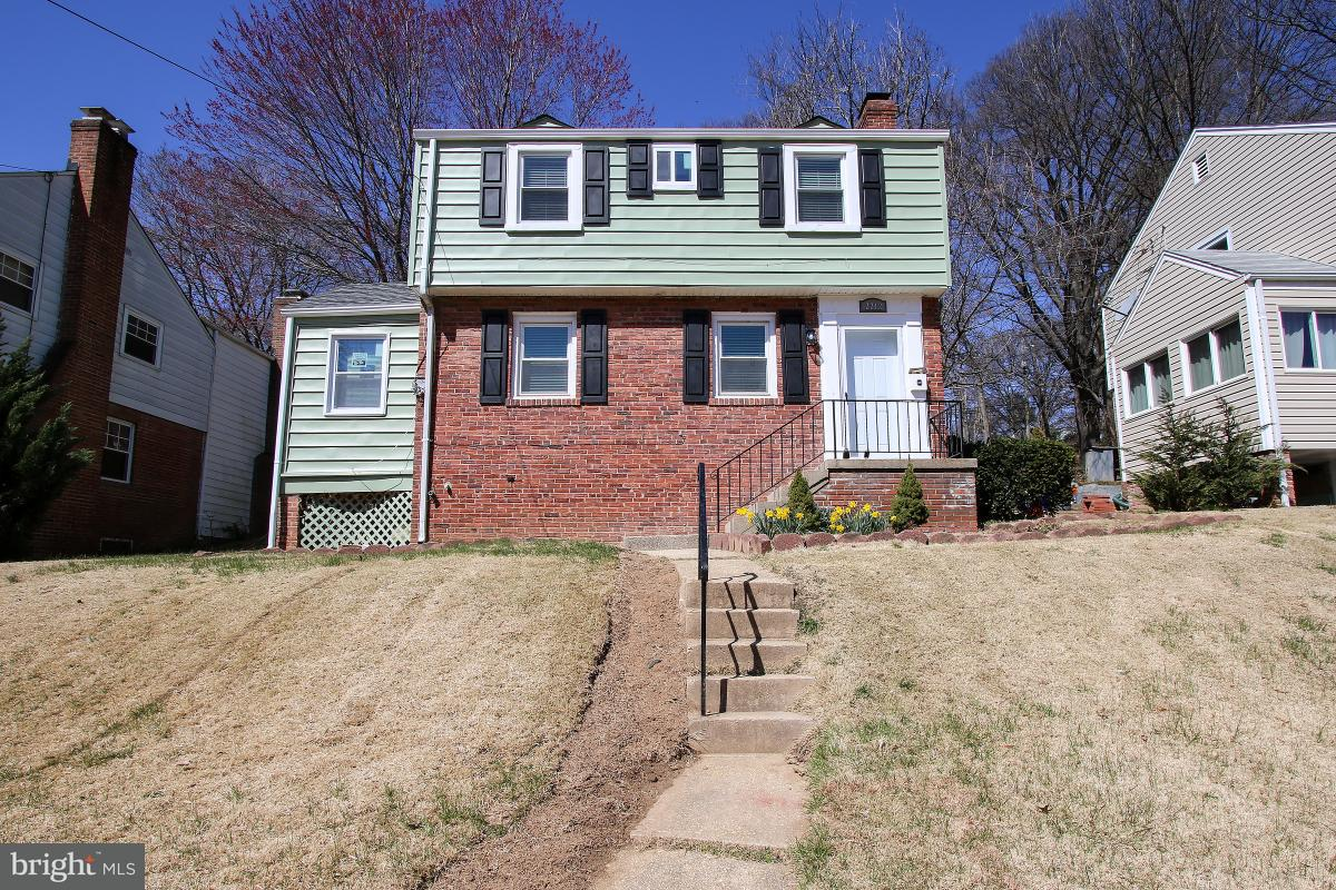 Single Family for Sale at 2212 Cheverly Ave Cheverly, Maryland 20785 United States