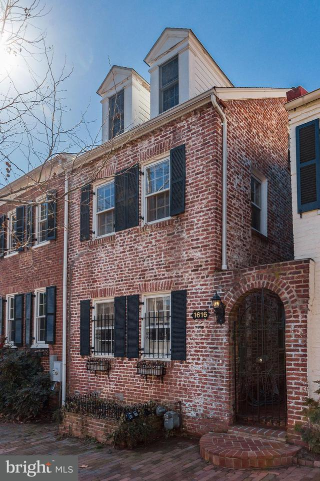 Townhouse for Sale at 1616 33rd St Nw 1616 33rd St Nw Washington, District Of Columbia 20007 United States
