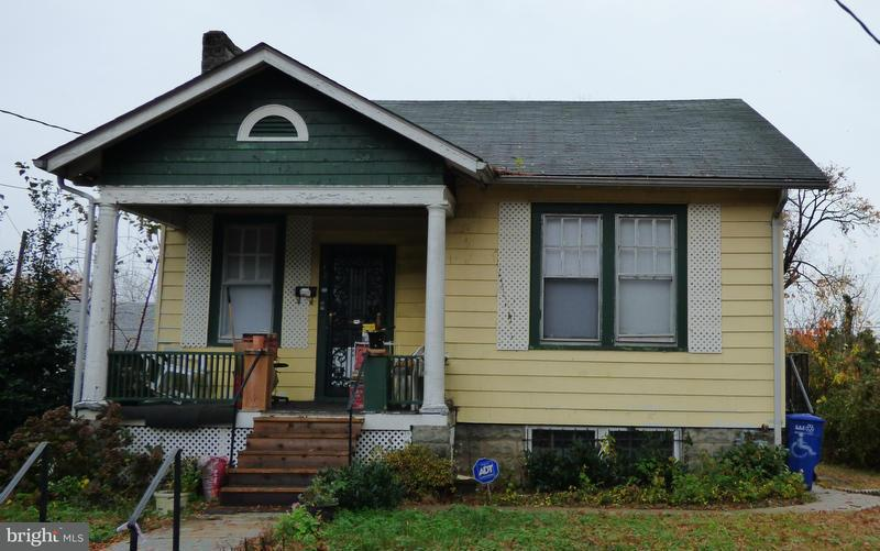 Einfamilienhaus für Verkauf beim 12 Nicholson St Nw 12 Nicholson St Nw Washington, District Of Columbia 20011 Vereinigte Staaten