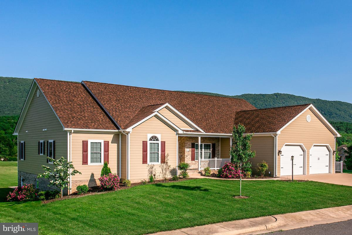 Single Family for Sale at 212 Par Dr New Market, Virginia 22844 United States