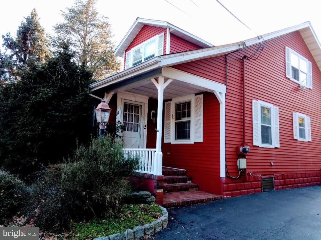 独户住宅 为 销售 在 169 OLD CRANBURY Road East Windsor Township, 新泽西州 08512 美国在/周边: East Windsor Township
