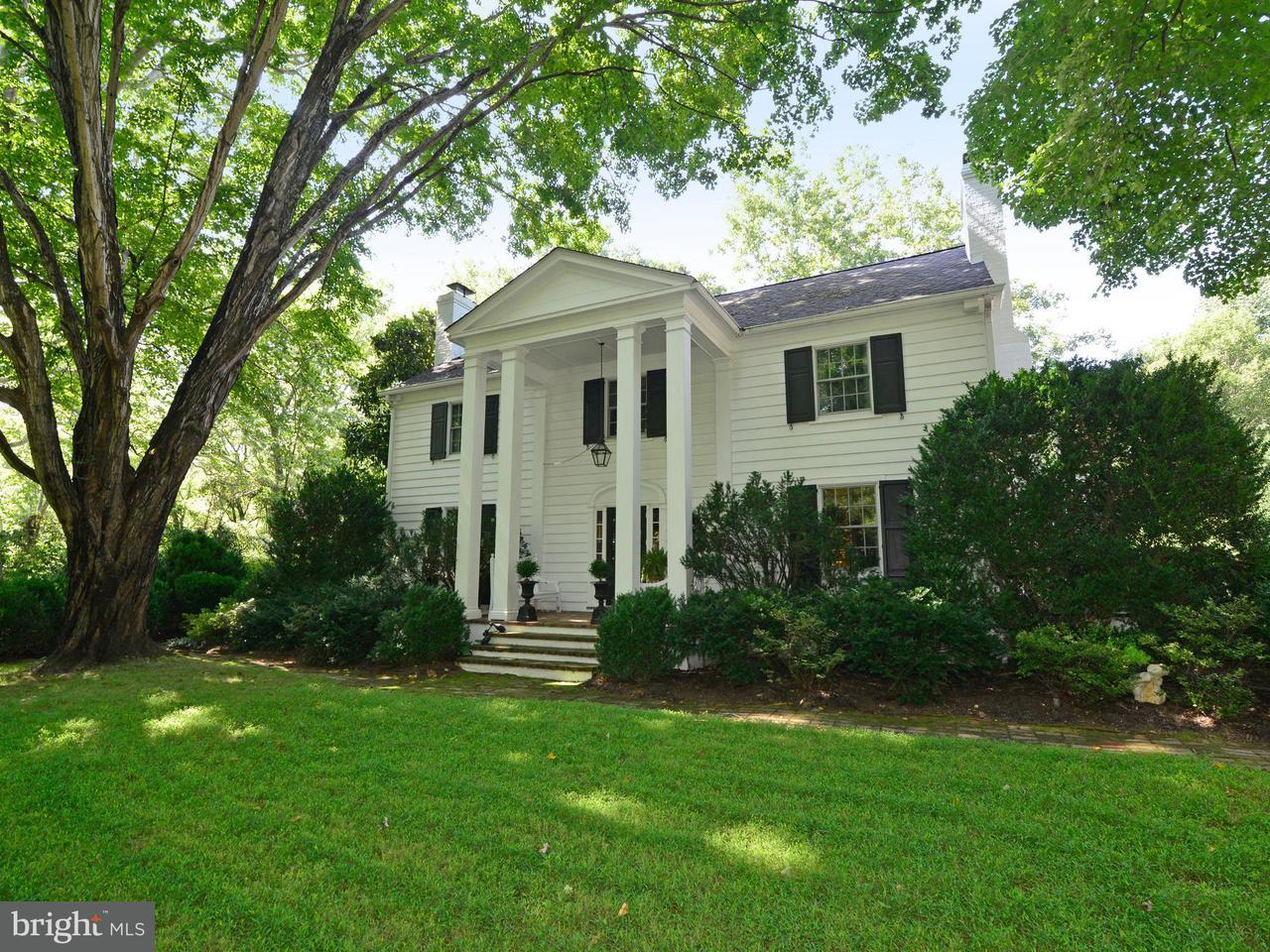 獨棟家庭住宅 為 出售 在 3072 Swift Shoals Road 3072 Swift Shoals Road Boyce, 弗吉尼亞州 22620 美國