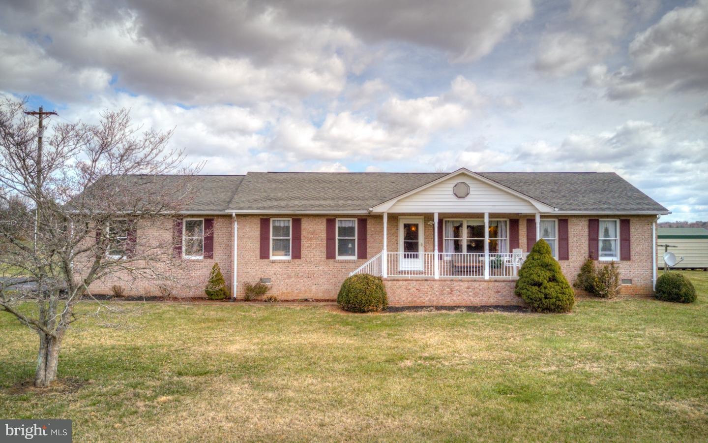 Single Family for Sale at 3396 Brook Ln Barboursville, Virginia 22923 United States