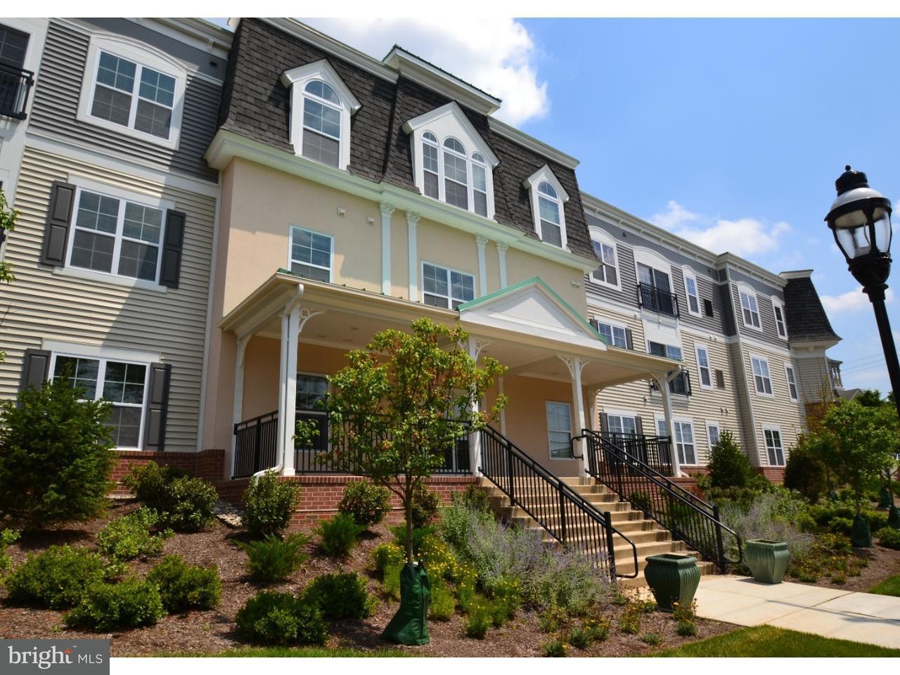 Maison unifamiliale pour l à louer à 131 N MAIN ST #8 Chalfont, Pennsylvanie 18914 États-Unis