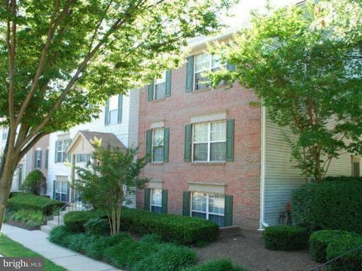 Property for sale at 12109 Green Ledge Ct #202, Fairfax,  VA 22033