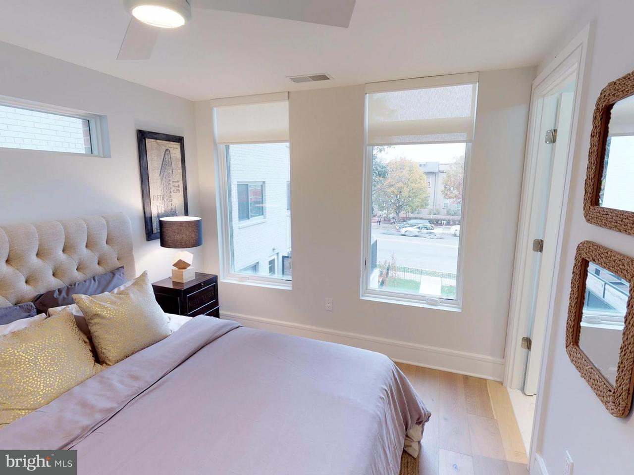 Additional photo for property listing at 3211 Wisconsin Ave Nw #101 3211 Wisconsin Ave Nw #101 Washington, District Of Columbia 20016 United States