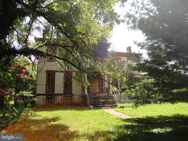 Additional photo for property listing at 1100 Dixon Street 1100 Dixon Street Fredericksburg, バージニア 22401 アメリカ合衆国