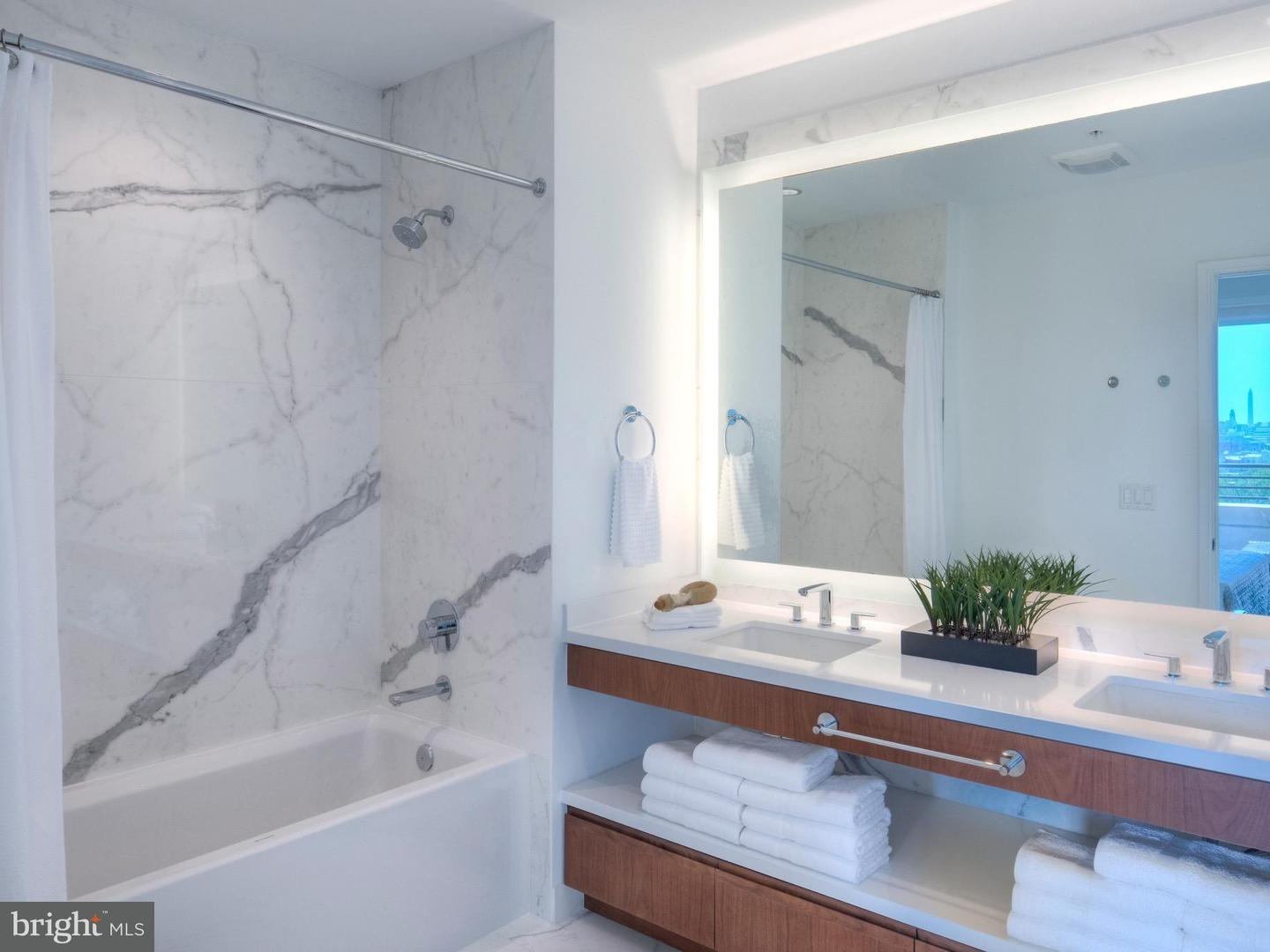 Additional photo for property listing at 1310 U St NW #712  Washington, District Of Columbia 20009 United States