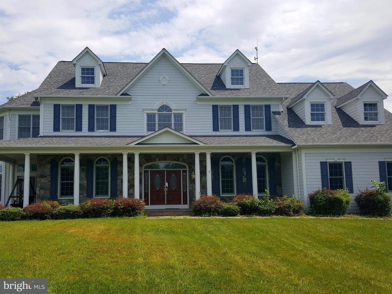 独户住宅 为 销售 在 40918 Pacer Lane 40918 Pacer Lane Paeonian Springs, 弗吉尼亚州 20129 美国