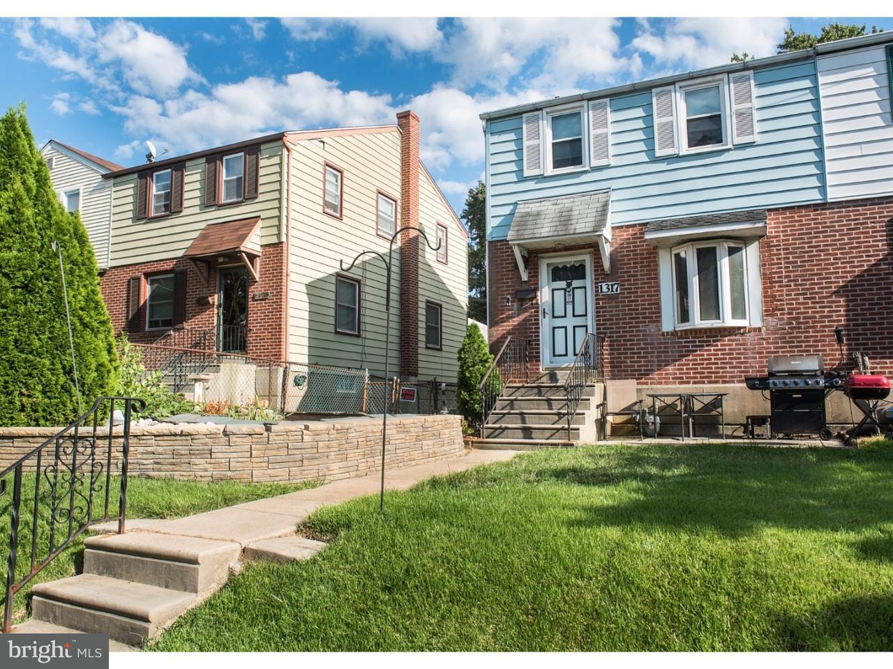 Таунхаус для того Продажа на 1317 WOODLAND Avenue Sharon Hill, Пенсильвания 19079 Соединенные Штаты