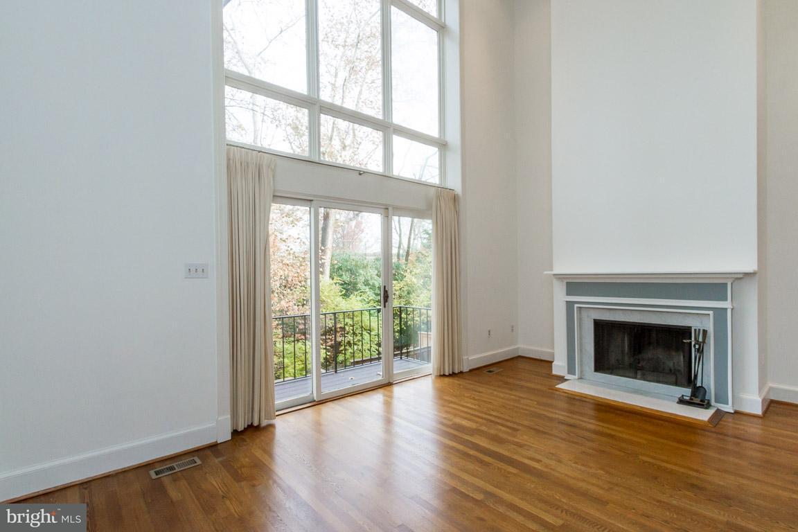 Additional photo for property listing at 3966 Georgetown Ct Nw 3966 Georgetown Ct Nw Washington, 哥倫比亞特區 20007 美國