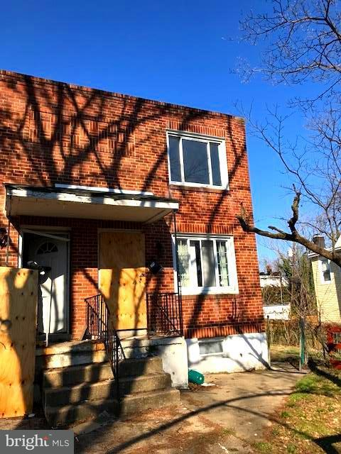 Single Family for Sale at 712 Homestead St Baltimore, Maryland 21218 United States