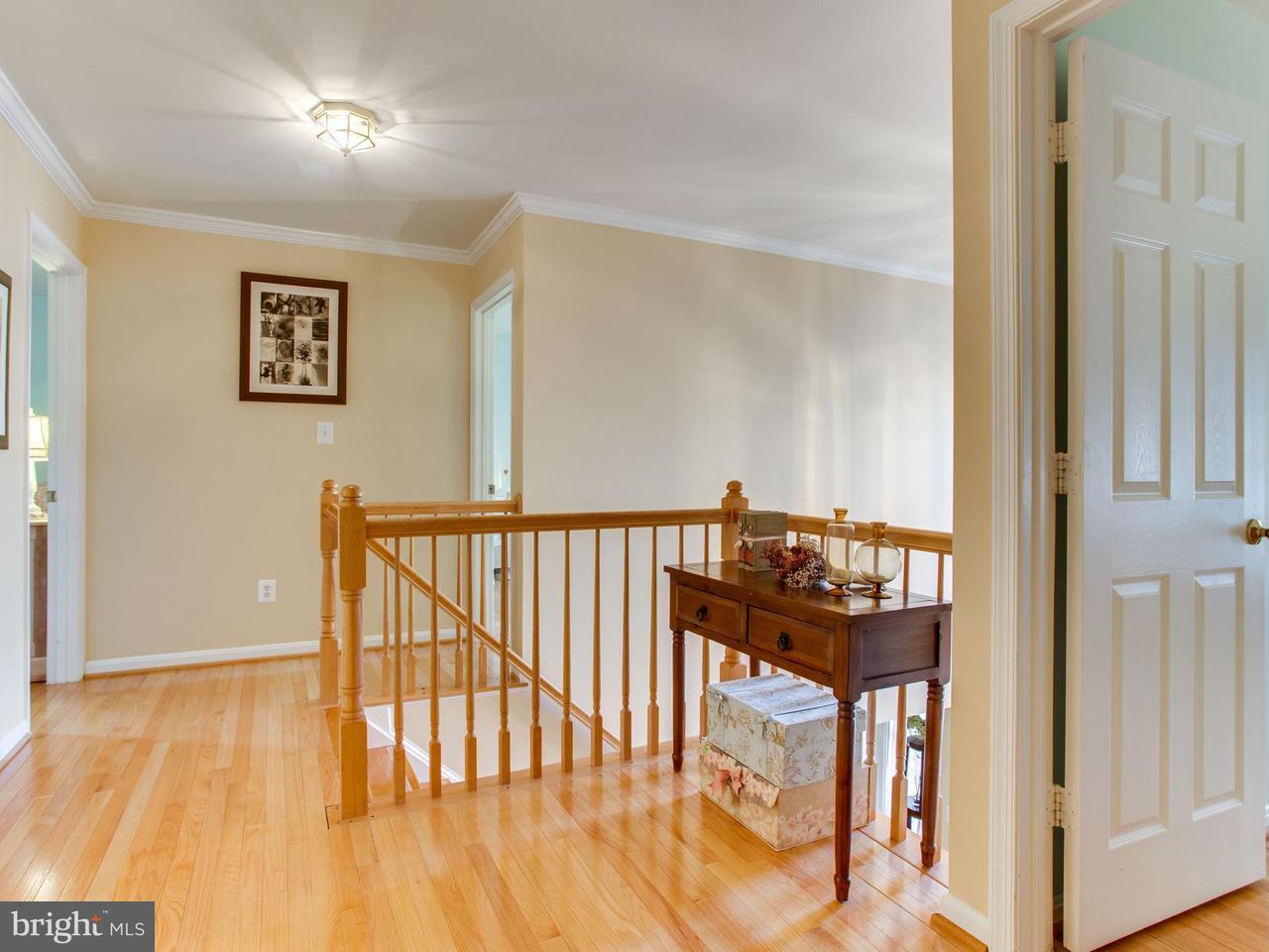 Additional photo for property listing at 4219 Trowbridge Street 4219 Trowbridge Street Fairfax, Βιρτζινια 22030 Ηνωμενεσ Πολιτειεσ