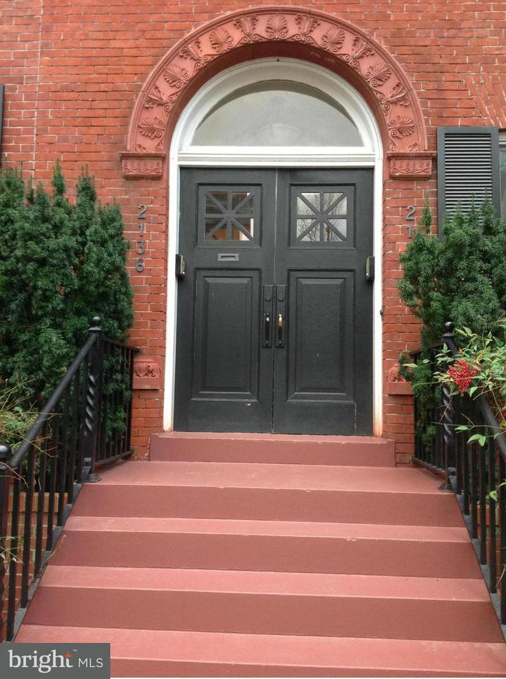 Additional photo for property listing at 2136 Bancroft Pl NW  Washington, District Of Columbia 20008 United States