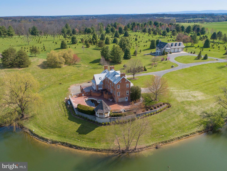 Farm for Sale at 751 Kitchen Ln White Post, Virginia 22663 United States