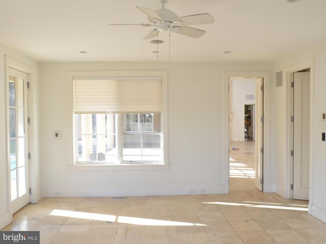 Additional photo for property listing at 12414 Glen Road 12414 Glen Road Rockville, Maryland 20854 United States