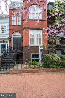 Property for sale at 119 6th St Ne, Washington,  DC 20002