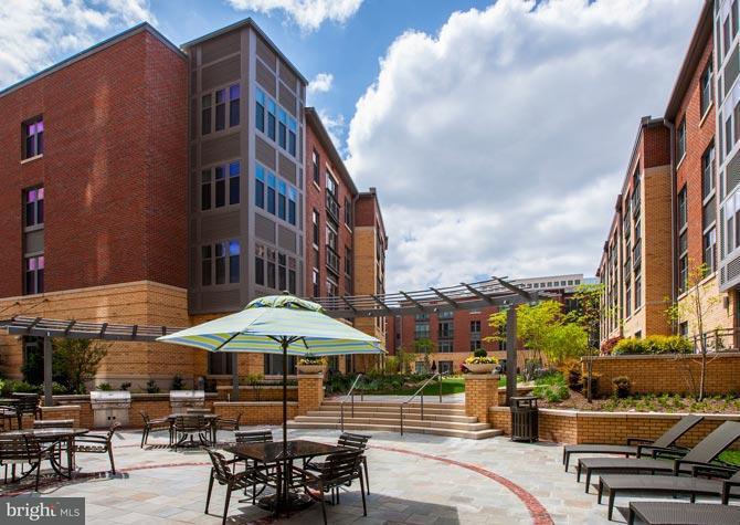 Condominium for Rent at 501 Holland Ln Alexandria, Virginia 22314 United States