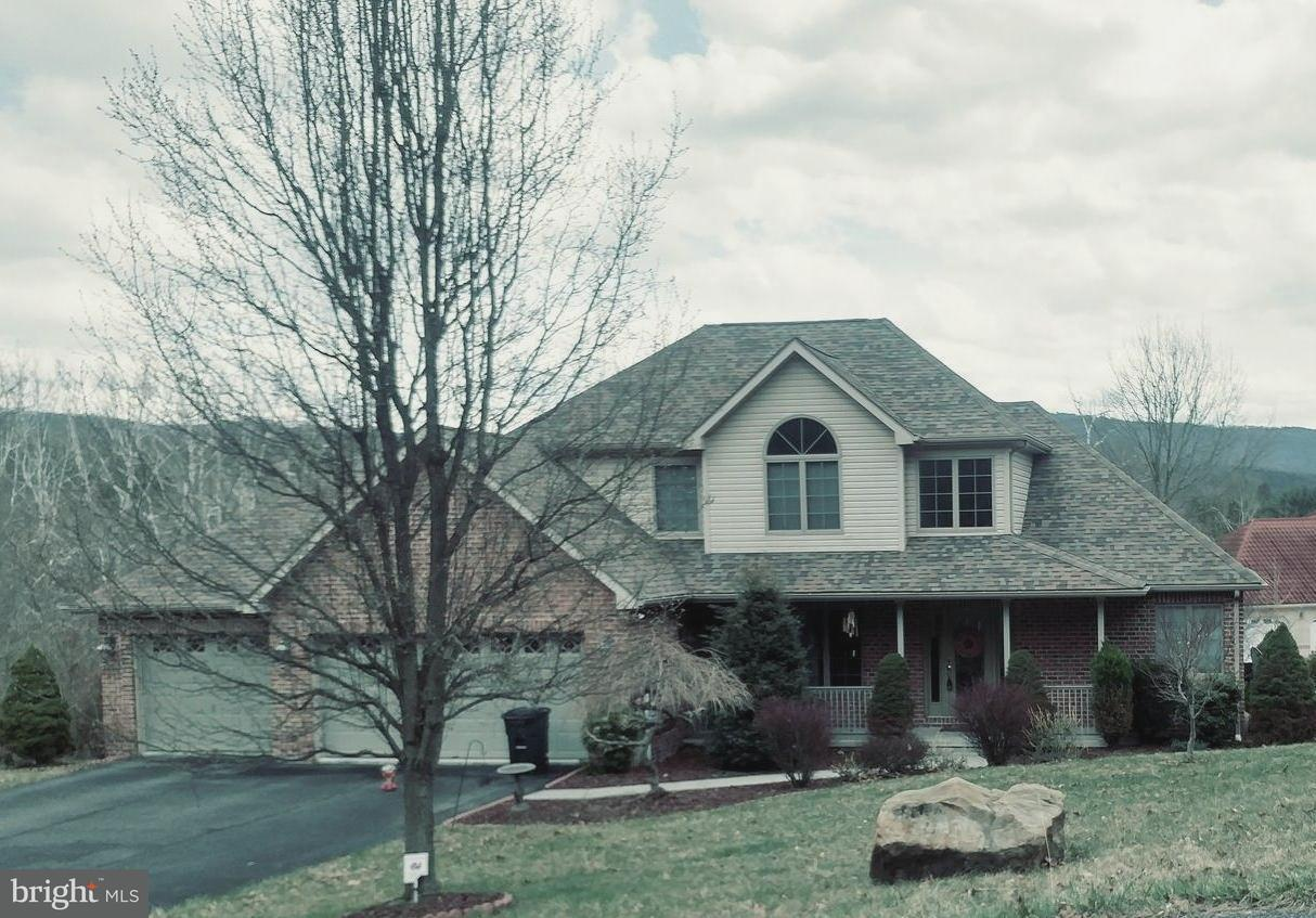 Single Family for Sale at 10122 Country Club Rd NE Cumberland, Maryland 21502 United States