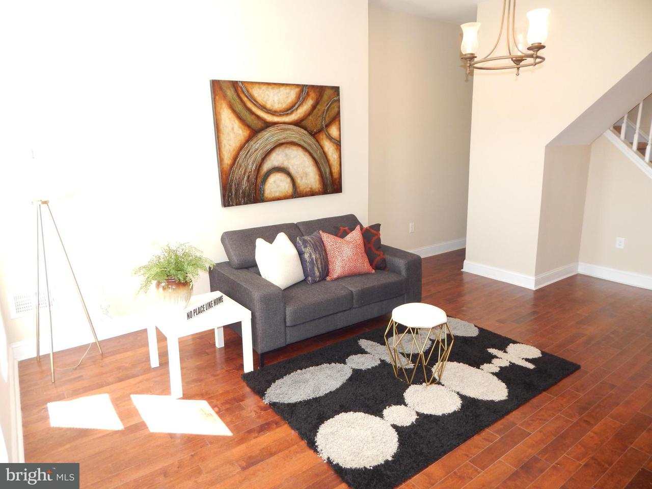 Additional photo for property listing at 1718 Bond St N  Baltimore, Maryland 21213 United States