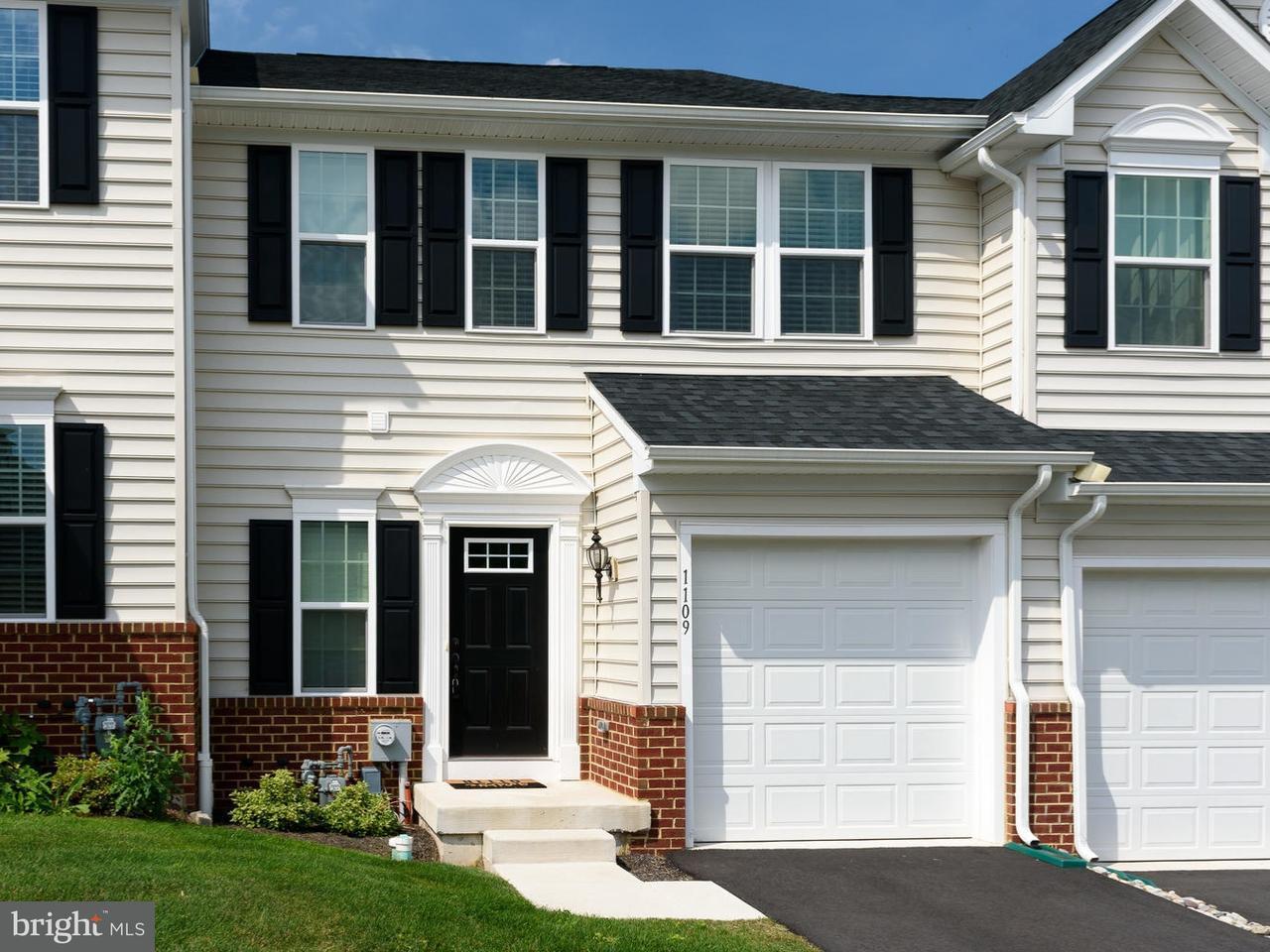 联栋屋 为 出租 在 1109 SAGEVIEW Drive 波茨敦, 宾夕法尼亚州 19464 美国
