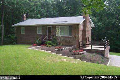 Single Family for Sale at 9290 Windrush Dr Lorton, Virginia 22079 United States