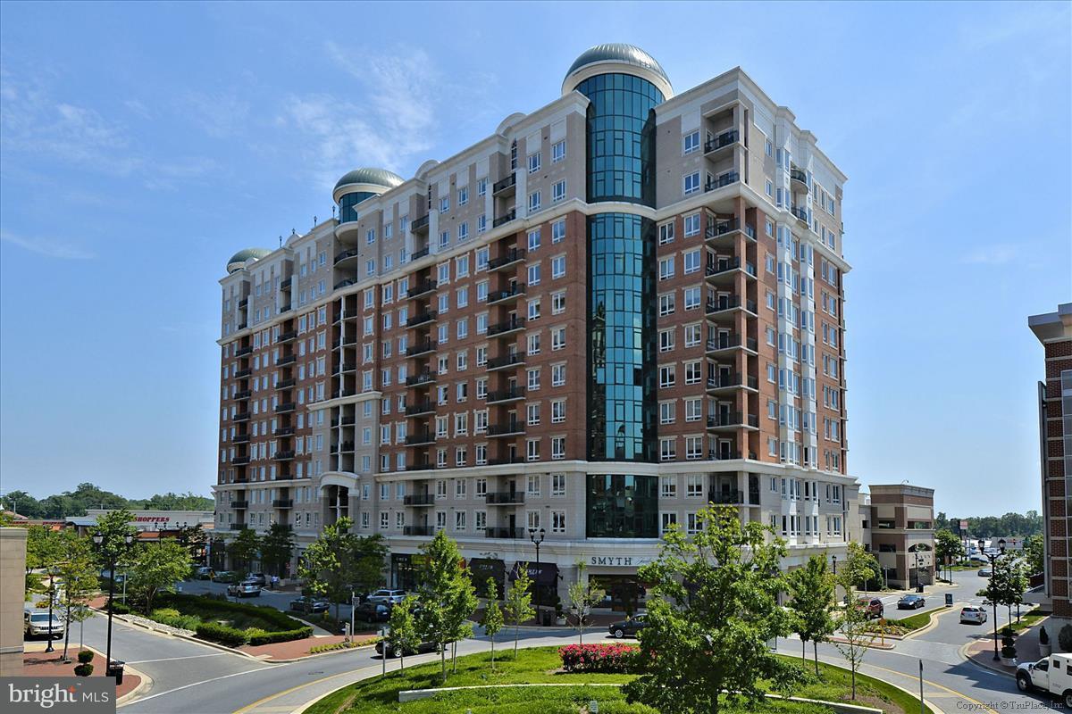 Condominium for Sale at 1915 Towne Centre Blvd #812 1915 Towne Centre Blvd #812 Annapolis, Maryland 21401 United States