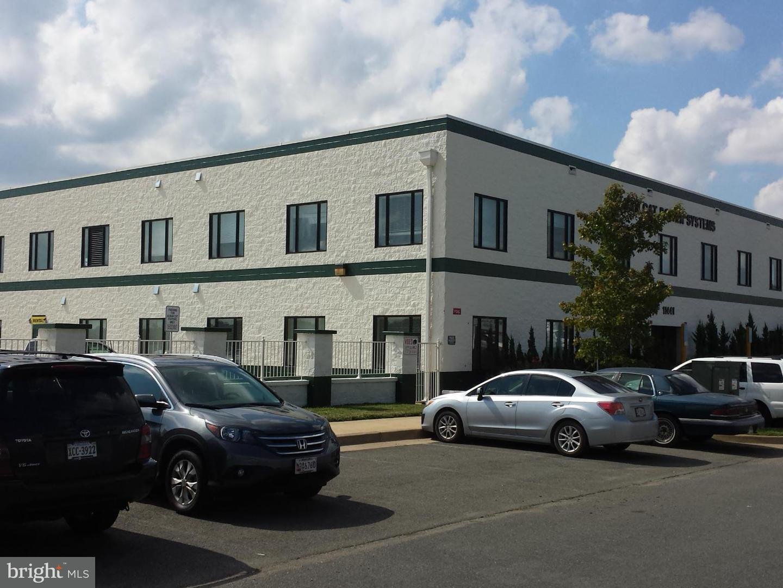 Photo of home for sale at 11441 Robertson Drive, Manassas VA